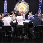 Kova — prie sportinio pokerio stalų