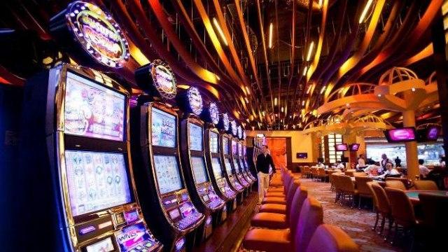 Rusai Krymą nori paversti azartinių lošimų pusiasaliu
