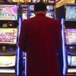 Seimas klampina nepilnamečius ir priklausomus lošėjus į liūną
